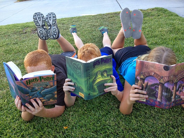 How Girls And Boys Read: A Q&A With Dr Sarah McGeown